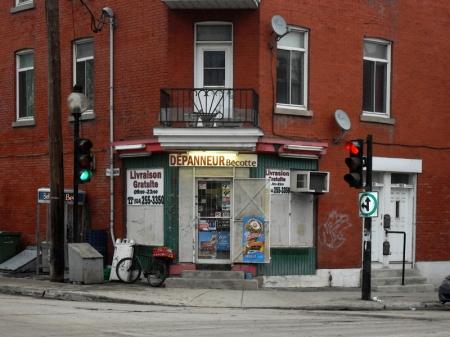 Dépanneur à Montréal